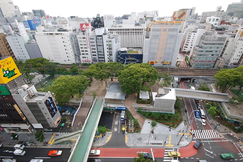 Miyashita Park, Shibuya, Tokyo, Japan, 2011. Image courtesy of Atelier Bow-Wow